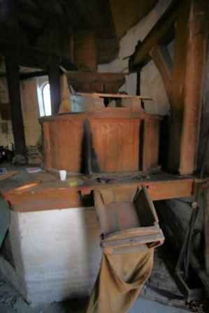 Voorbeeld maalstoel in molen (De Arend Coevorden)